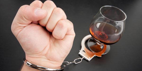 niewolnik uzależnienia od alkoholu